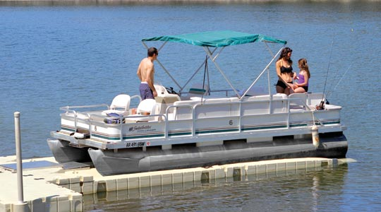 Pontoon Lift 1