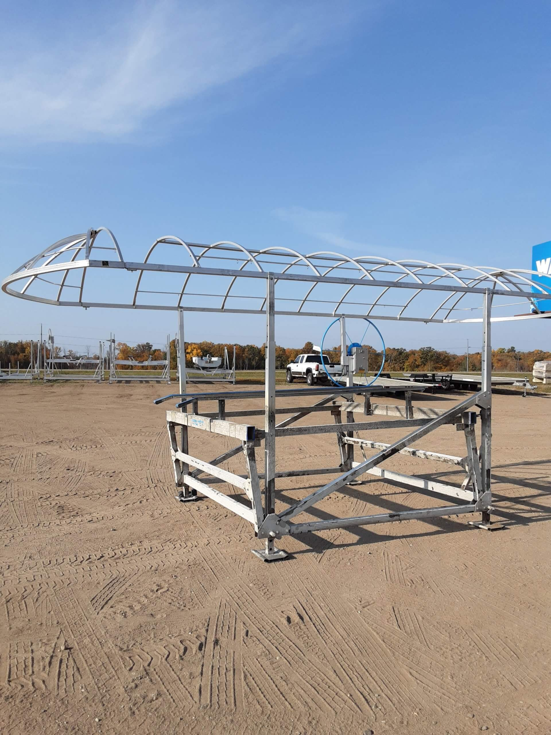 Stock # (2030) Newmans Boat Lift w/ 24′ Canopy – $3,495 (Sold)
